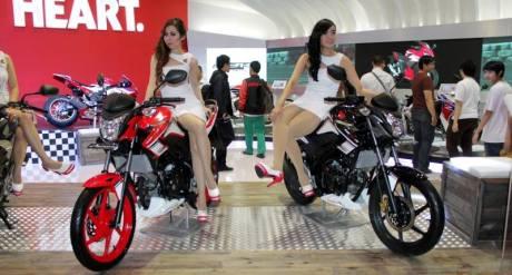 Honda CB150R Special edition di IMOS 2015