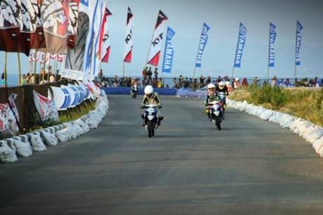 Kualifikasi Seri 8 Yamaha Cup Race di area Pantai Donggala Sulawesi Tengah (2)