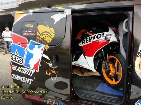 Modifikasi Honda CBR150R lokal Senaponda 2