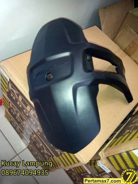 mud guard ori bajaj pulsar 200ns