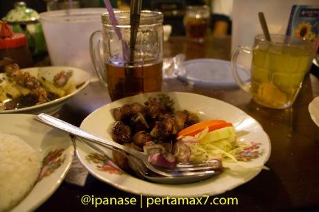 Nyicip Sate Klatak Pak Pong bantul Yogyakarta pertamax7.com_-13