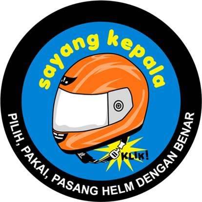 pasang helm dengan benar