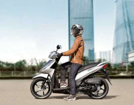 Suzuki Addres 110 Fi  europe 11