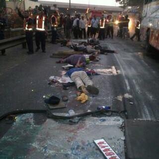 Tujuh Meninggal Dunia Dalam Kecelakaan Bus Harapan Jaya sidoarjo