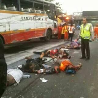 Tujuh Meninggal Dunia Dalam Kecelakaan Bus Harapan Jaya