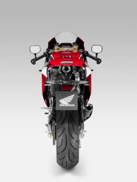 2015-Honda-RC213V-S-prototype-07