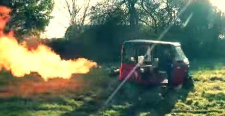 bajaj 3 roda pakai mesin cbr600 wheelie keluar api