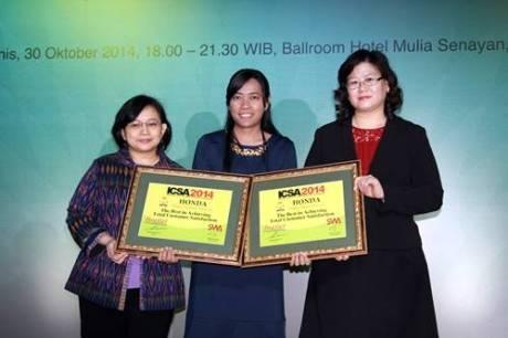 Beri Kepuasan Pelanggan Terbaik, AHM Raih ICSA Award 2014 1