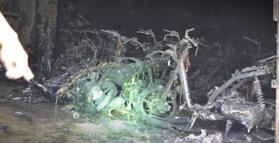 Dealer Putra Aries Motor Blitar Terbakar 34 motor hangus 2