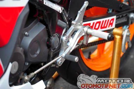 Honda-CBR150R-Race3
