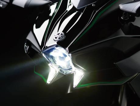 Inside Kawasaki Ninja H2 Street Legal 200HP Revelead on EICMa 20144