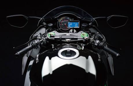 Inside Kawasaki Ninja H2 Street Legal 200HP Revelead on EICMa 20145