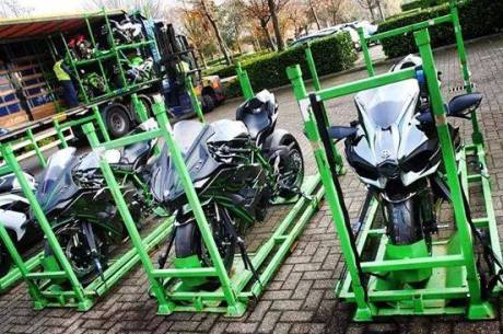 Kawasaki Ninja H2 Packing for shipping