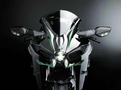 Kawasaki Ninja H2 Street Legal 200HP Revelead on EICMa 2014 1