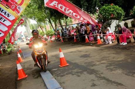 Kobarkan Semangat Pemuda Astra Motor Yogyakarta Gelar Honda Fiesta 2014 7