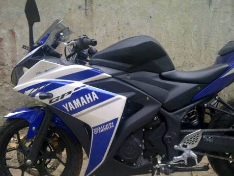 Kondom tangki Yamaha R25 ala R125 buatan chips bikin gagah 4