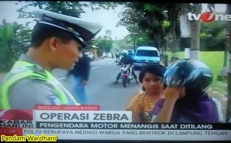 menangis saat ditilang polisi operasi zebra 2014