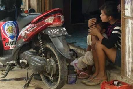 Nanik Cewek Cantik Penambal ban di Malang sudah menikah 3