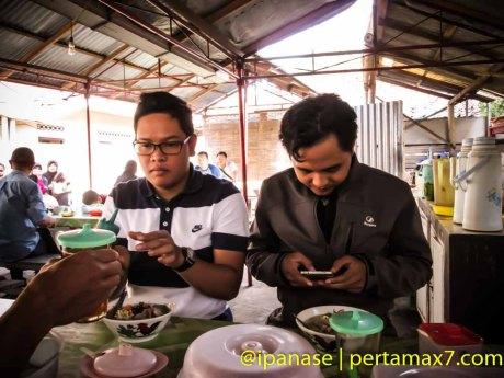 Nyicip Soto Kwali Daging Sapi Pokoh Wonogiri Pertamax7.com-15
