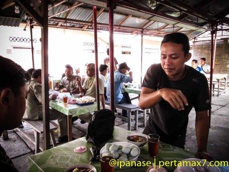Nyicip Soto Kwali Daging Sapi Pokoh Wonogiri Pertamax7.com-8