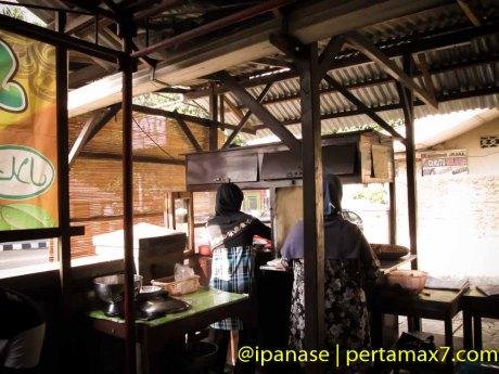 Nyicip Soto Kwali Daging Sapi Pokoh Wonogiri Pertamax7.com-9