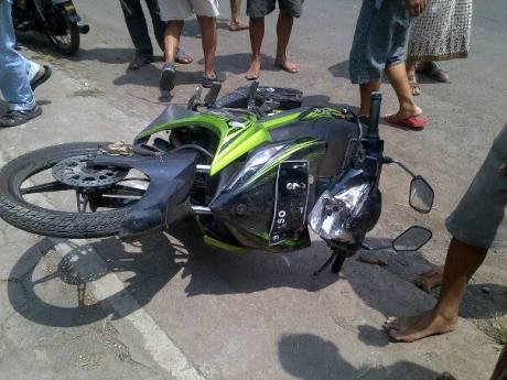 Pencuri barang mobiil babak belur tertangkap tangan di Pasang Kasongan Bantul 5