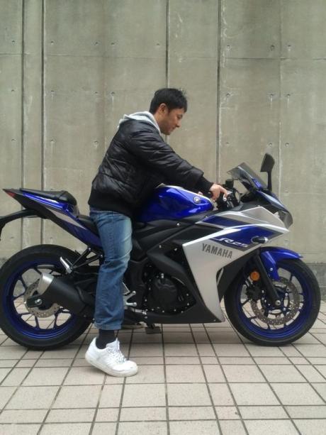 Yamaha R25 Sampai di Japan dinaiki pria 162 cm