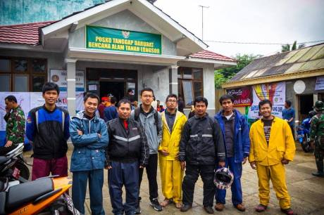 Baksos Blogger Koboys Peduli bencana tanah longsor Banjarnegara 2014 pertamax7.com1