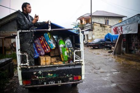 Baksos Blogger Koboys Peduli bencana tanah longsor Banjarnegara 2014 pertamax7.com10