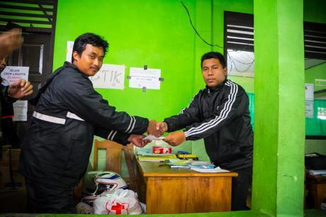 Baksos Blogger Koboys Peduli bencana tanah longsor Banjarnegara 2014 pertamax7.com5
