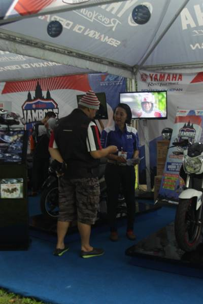 Booth penjualan di Jamnas ke-2 YRFI