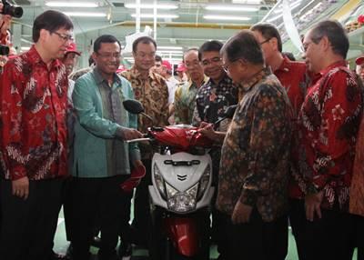 Honda Indonesia Menjadi  Produsen Sepeda Motor Terbesar sedunia 4
