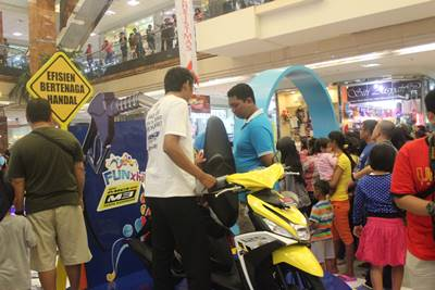 Keramaian pengunjung di launching New Mio M3 125 di Tangerang (4)