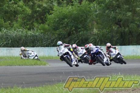 Lorenzo geber Yamaha R25 di Sentul Indonesia 15