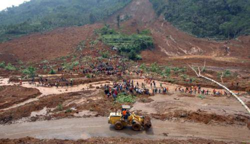 Mari Baksos Ringankan Beban Korban Tanah Longsor Banjarnegara