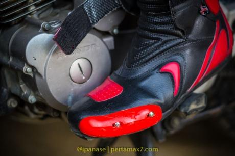 Nyoba Sepatu Riding 7gear SportMax Red_-13