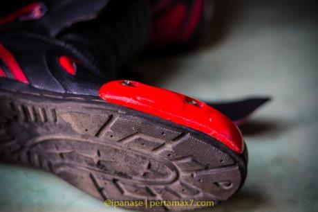 Nyoba Sepatu Riding 7gear SportMax Red_-15
