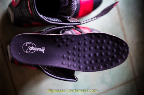 Nyoba Sepatu Riding 7gear SportMax Red_-17
