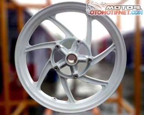 Pelek-Yamaha-R25-Chemco-1