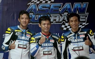 Podium Race ST250 Yamaha Asean Cup Race - Rey Ratukore -  Sudarmono - Sigit PD
