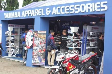 Racing Kit Market di Yamaha Asean Cup Race 2014 memadukan race dengan bisnis (5)