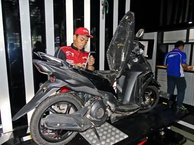Yamaha Uji Mio M3 125 Nyala Nonstop 30 hari, tembus 60 km.liter diatas Dyotest 2