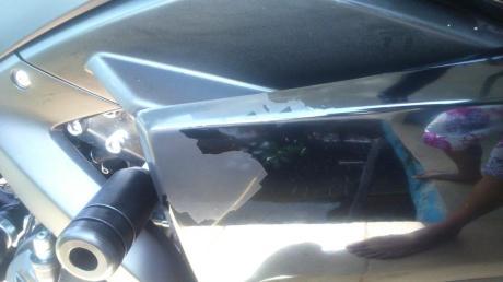 Cat Yamaha r25 ngelupas  karena stiker