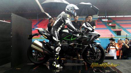 Launching Kawasaki Ninja H2 sentul Indonesia 0