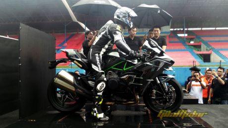 Launching Kawasaki Ninja H2 sentul Indonesia 0