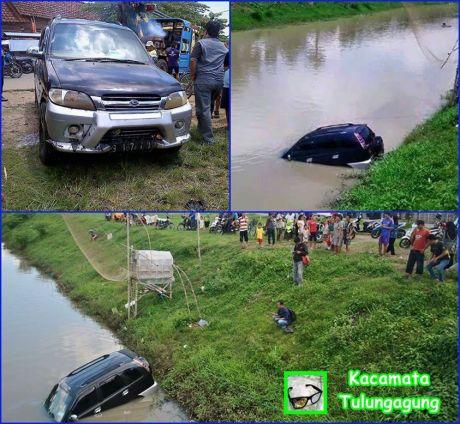 mobil milik anggota dpr nyebur sungai karena lupa hand rem