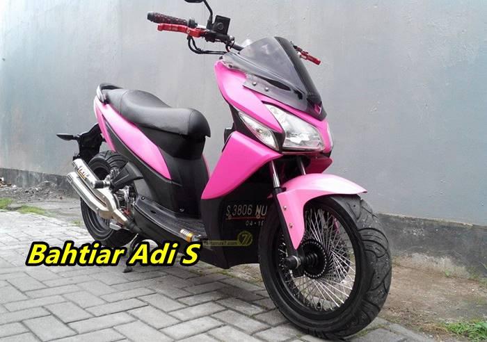 Nih Modifikasi Honda Vario 110 Mmc Pakai Spakbor Belakang Yamaha R25