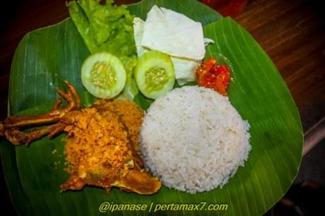 Nyicip Ayam Kampung Goreng dan Es campur Depot Es Puas Wonogiri pertamax7.comm testride cbr250R_-182 2015 pertamax7.com