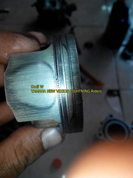 piston dan cylinder yamaha vixion baret parah 002