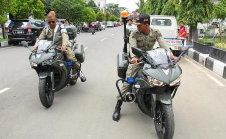 Satpol PP kota tegal Gunakan Yamaha R25 untuk kawal Walikota 1